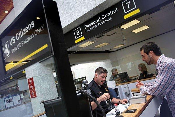 Не пустили в Израиль в аэропорту