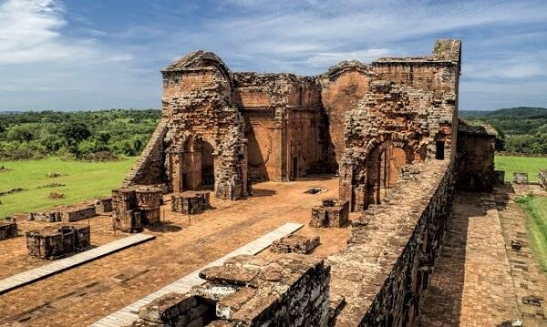 Руины иезуитских миссий в Энкарнасьоне