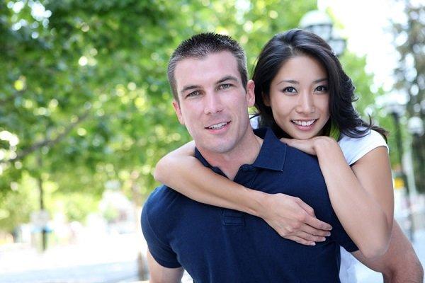 пара из Тайланда
