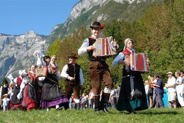 Национальные танцы в Словении