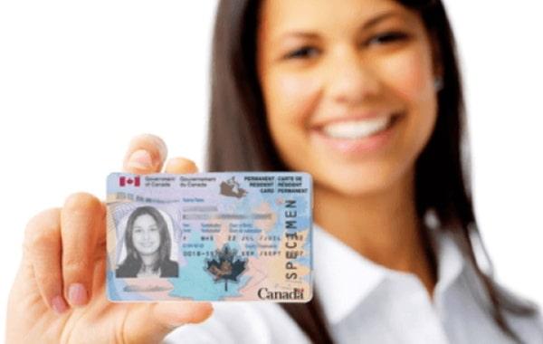 Получение ВНЖ в Канаде