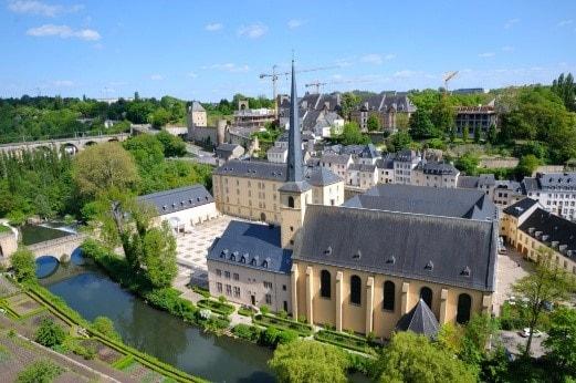 Как переехать жить в Люксембург в 2021 году