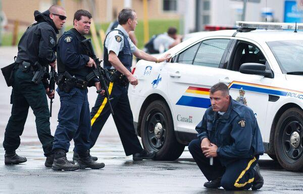зарплата полицейских в Канаде