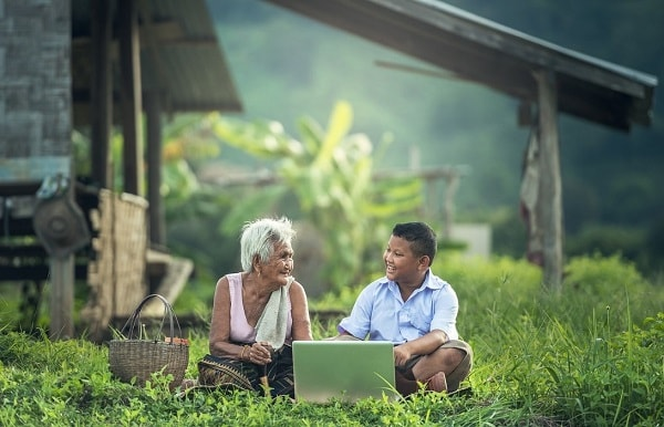 Пожилые люди в Камбодже