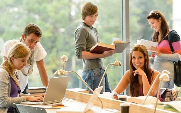Обучение студентов