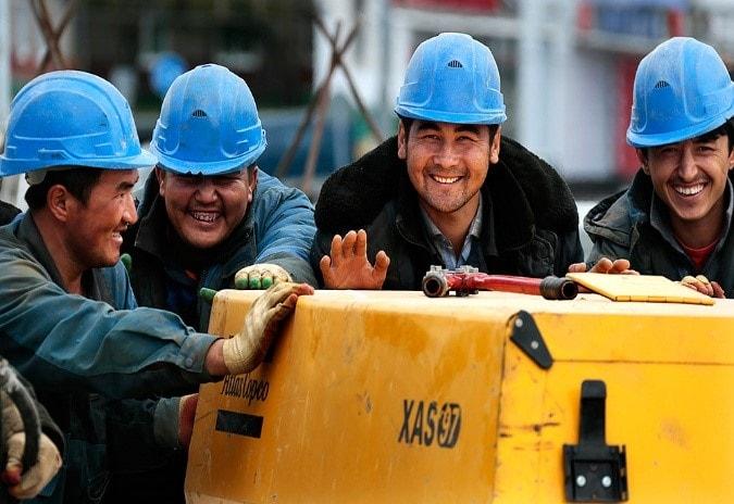 Работающие иностранцы в России