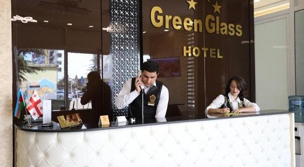Ресепшн в грузинском отеле Green Glass