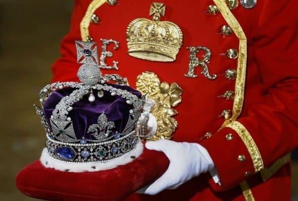 Корона Британии