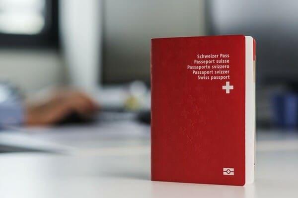 Получение гражданства Швейцарии в 2021 году